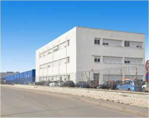 Industrial spaces for rent in Rosims